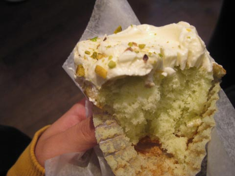 My pistachio cupcake from Sugar Sweet Sunshine.yum.