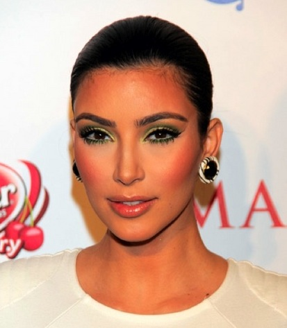 indian party makeup. For the Maxim Hot 100 party,