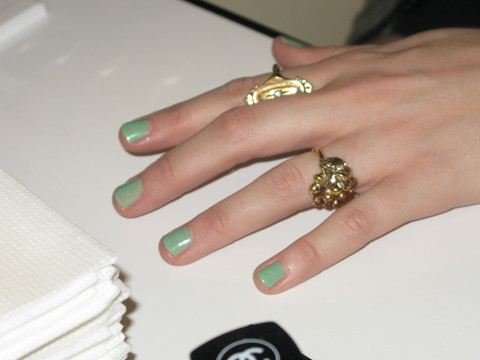 greennails2edit