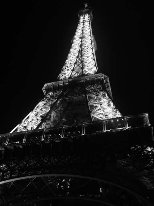 Alison Gallery: paris at night black and white