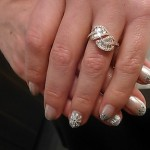 Even Giada's nails were tricked out for the holidays!